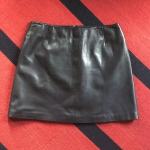 Hugo Buscati Black Leather Mini Skirt, 12